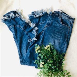 CHELSEA + VIOLET ruffle raw hem skinny jeans 27